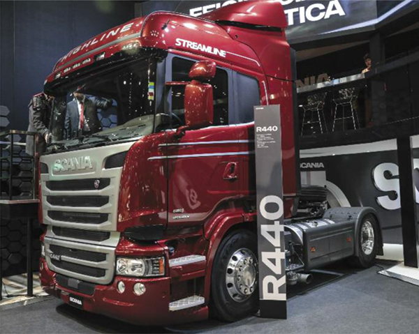pes-88-scania-tecnologia-sustentable-en-el-salon-del-automovil-01